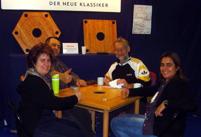 click to zoomspiel-tac.de/images/DauerTAC_Weltrekord_2014_Spielwiesn.JPG